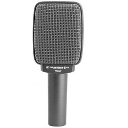 LOCATION Micro SENNHEISER E606